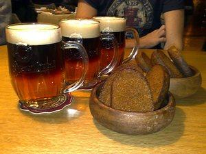 Чистый вкус пива: Кто и как его создает?