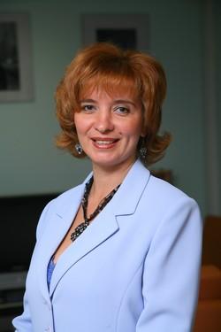 Директор агентства «Мэри Поппинс» Наталья Витальевна Гусельникова.
