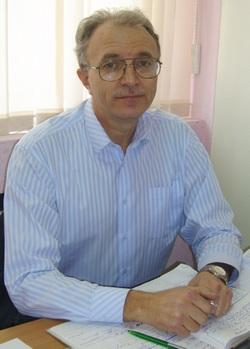 директор кадрового центра «Уралтруд» Виктор Сидлецкий
